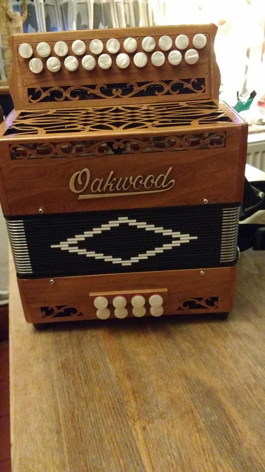 Oakwood Melodeon
